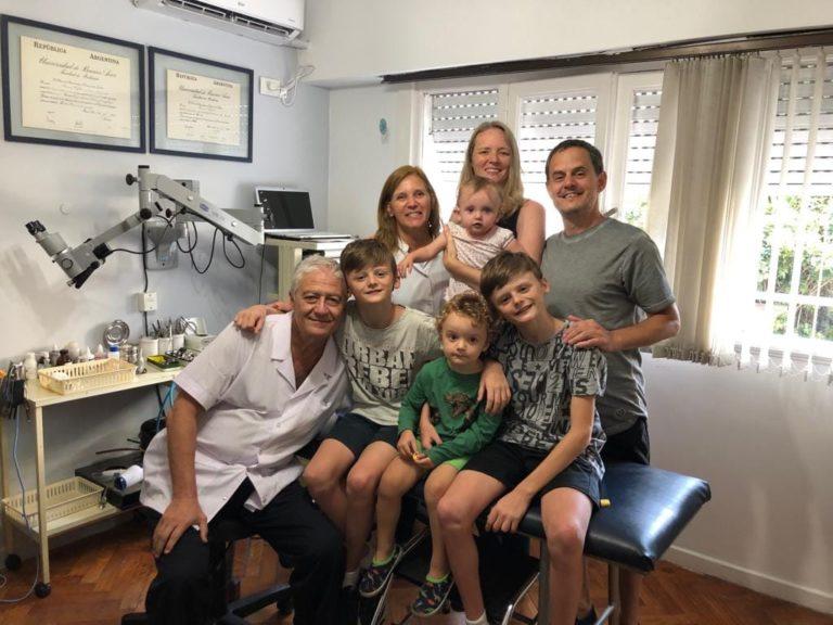 familia-y-equipo-medico